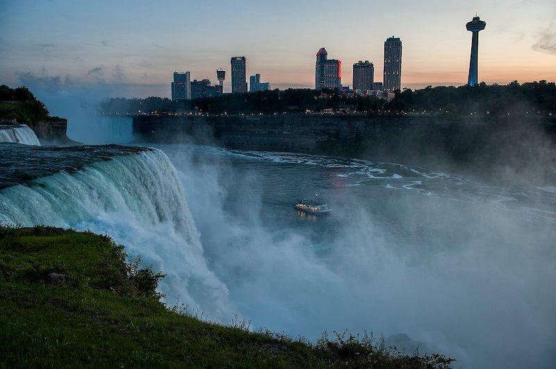 Niagara falls ontario tourism coupons