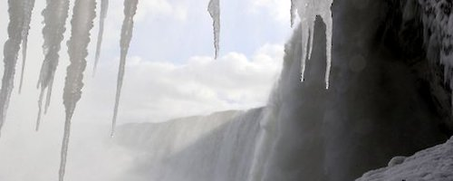 Go Tunneling in Niagara Falls This Winter