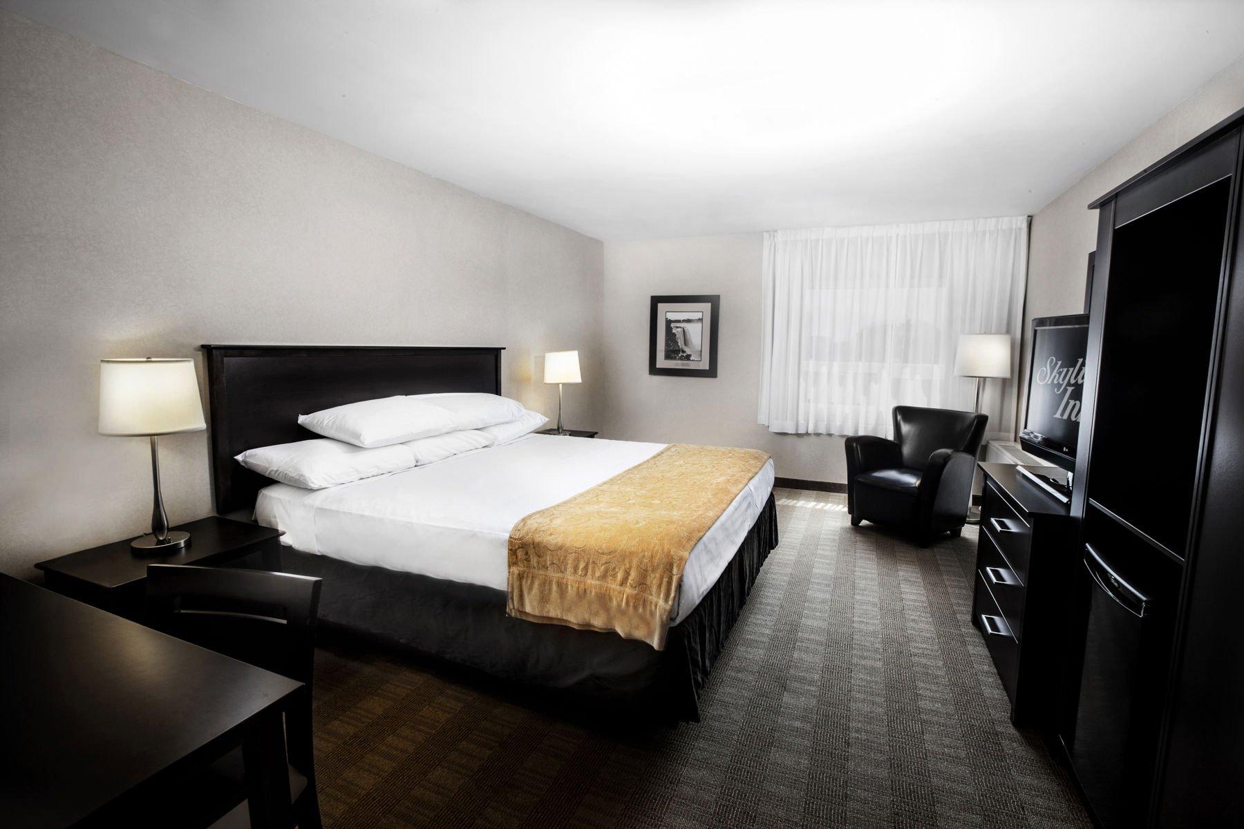 Skyline Hotel Amp Waterpark Where To Stay Niagara Falls