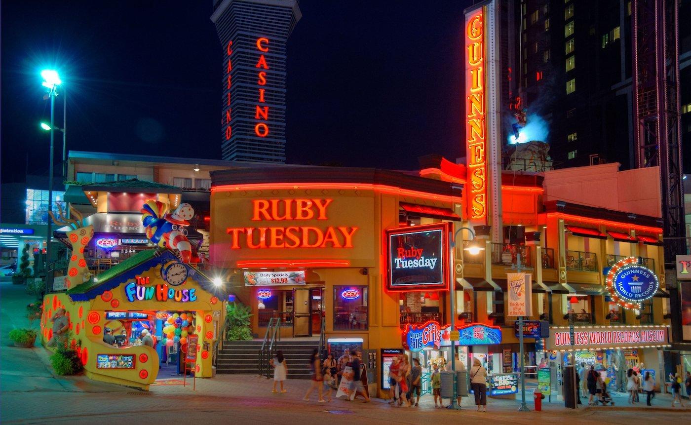Ruby Tuesday Restaurant Restaurants Amp Dining Niagara