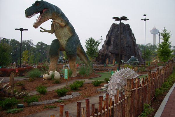 Dinosaur Adventure Gol...