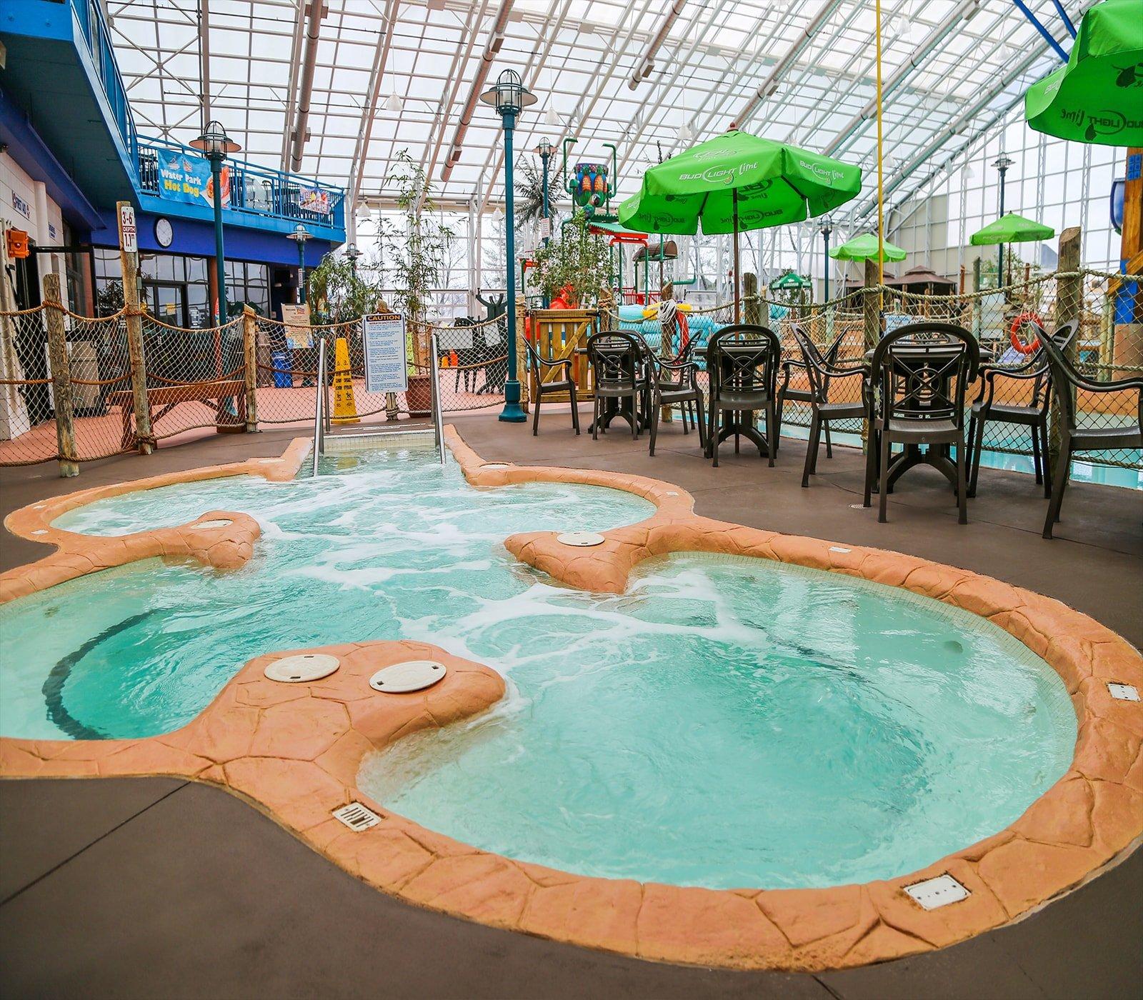 Waves Indoor Waterpark Things To Do Niagara Falls Canada