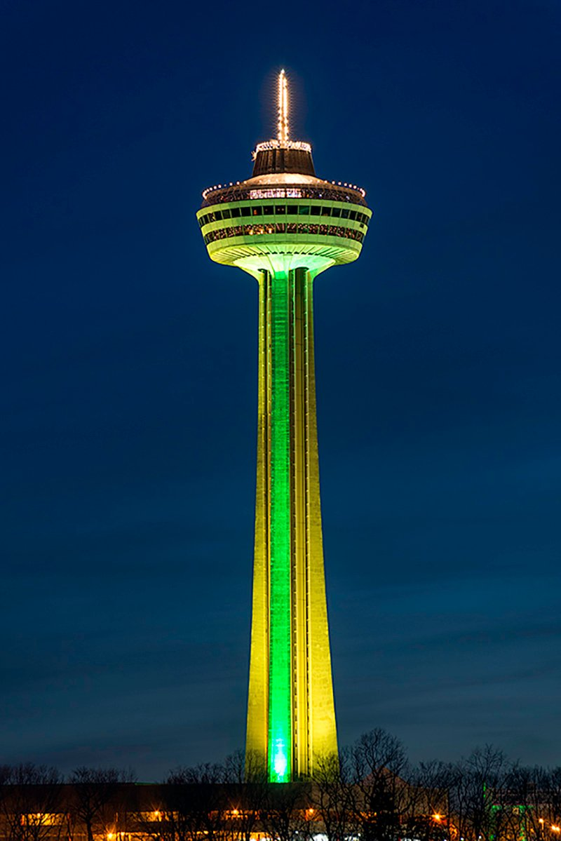 Skylon Tower Goes Green March 17 2018 Skylon Tower Niagara Falls Canada