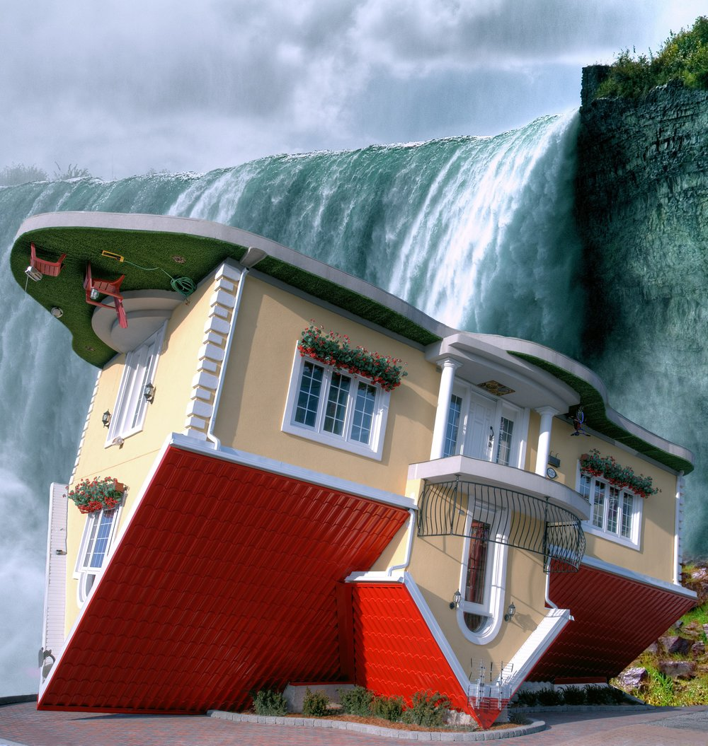 Upside down house things to do niagara falls canada The upside house