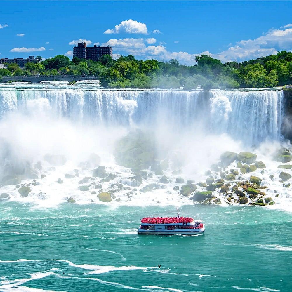 Queen Tour Niagara Falls Tours Things To Do Niagara